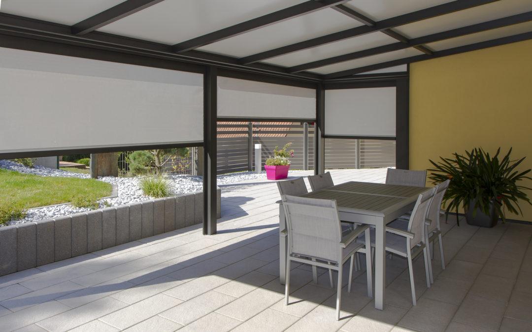 comment monter une pergola en aluminium label maison. Black Bedroom Furniture Sets. Home Design Ideas