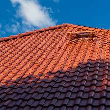 Hydrofuge pour toiture : imperméabilisation et protection durable