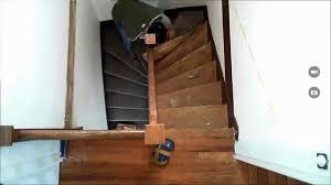 comment enlever une moquette collée sur un escalier